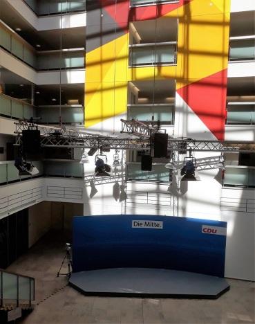 Foyer mit Pressewand im Konrad-Adenauer-Haus