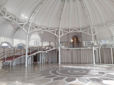 Der berühmte Kuppelsaal im Steigenberger Grandhotel Petersberg