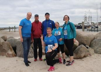 Teamfoto nach dem Zieleinlauf (Foto: Silvya Laser)